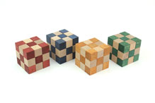 Checker Cube Set (K-3-2) by Akio Kamei